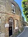 1 Mount Vernon Cottages, Hampstead, June 2021.jpg