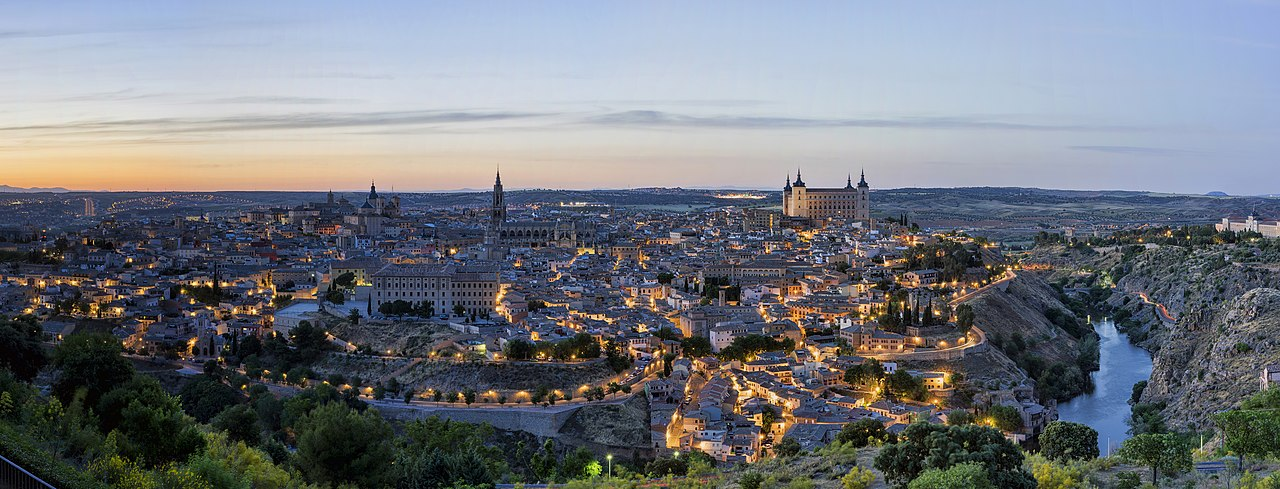 Toledo esti fényekben