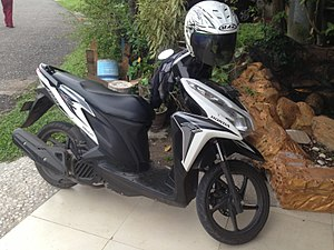 2012 Honda Vario Techno Helm-in AT 125.JPG