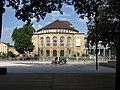 2017-08-01, Platz der Alten Synagoge in Freiburg kurz vor Freigabe Probelauf der Wasserfontänen und Reinigung 2.jpg