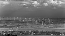20170422 WindTurbines Dardesheim BW DSC00886 PtrQs.jpg