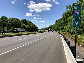 Bethlehem Township, New Jersey - View west along Interstate 78 and U.S. Route 22 in Bethlehem Township