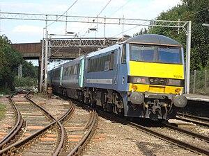 Modern Railways - Image: 90006 at Marks Tey 2