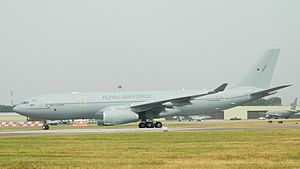 No. 10 Squadron RAF - Image: A2621 United Kingdom Voyager G VYGD RIAT2013