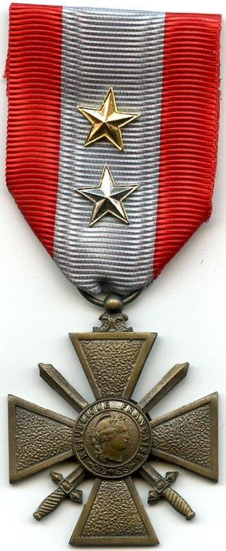 Croix de guerre des théâtres d'opérations extérieures - Image: AVERS Croix de Guerre TOE France 2 citations