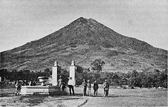 Volcán de Agua - Maudslay