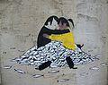 Abraçada, graffiti a Velluters, València.JPG