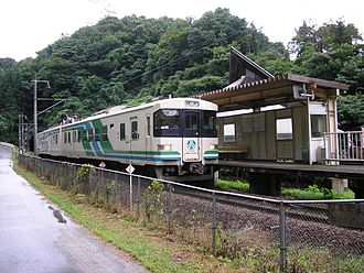 Abukuma Express Line - Abukuma Express train at Abukuma Station, August 2006