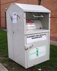 Altkleider-Container, AU Textilrecycling, Farbe: grau