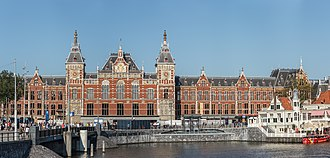 Amsterdam Centraal station - Station building in 2016