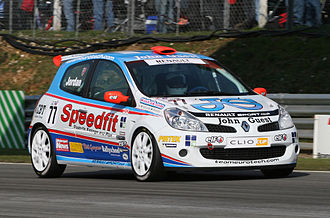 Andrew Jordan (racing driver) - Jordan competing in the 2007 Clio Cup UK season.