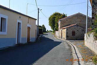 Annezay - A street in Annezay