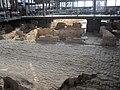 Antigua destileria de 1714 debajo del mercado del born - barcelona - panoramio.jpg