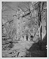 Apartment 10, Holder Court, Forest Hills, Long Island. LOC gsc.5a22490.jpg