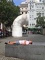 Apud la Centro Georges-Pompidou 6.jpg