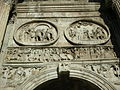 Arco di costantino, tondi 05.JPG