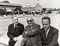Arnoldo Mondadori con Giorgio Bassani e Aldo Palazzeschi archivi Mondadori AA207101.jpg
