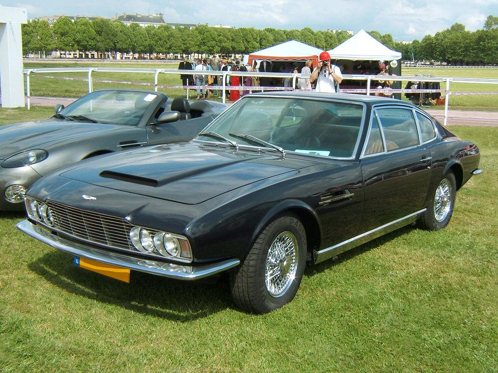 AstonMartinDB-S-1969-avant