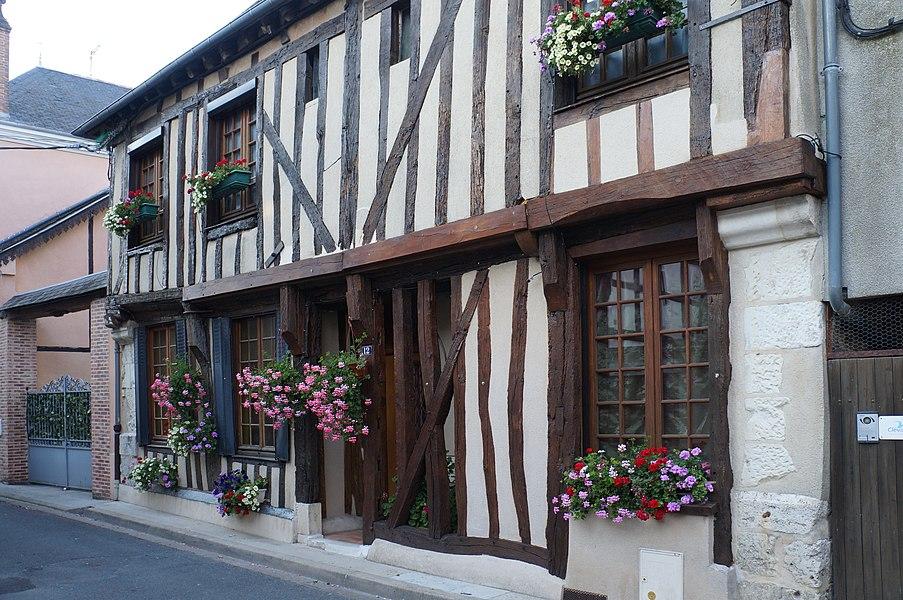 Maison 12 rue du Bourg Coûtant Aubigny-sur-Nère|  Cher (département), France