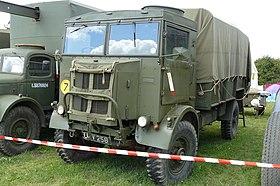 autocarri militari vintage prima e dopo conflitti bellici 280px-Austin_k5_W%26P2011