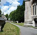 Avebury parish church - panoramio.jpg