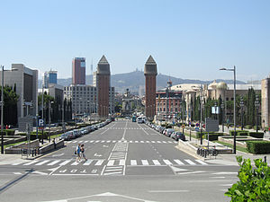 Avinguda de la Reina Maria Cristina - View towards Plaça d'Espanya