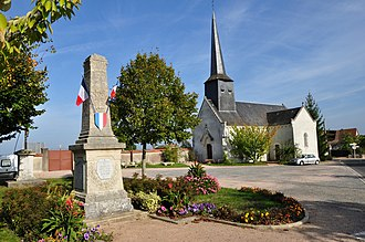 Baraize - The church and war memorial in Baraize
