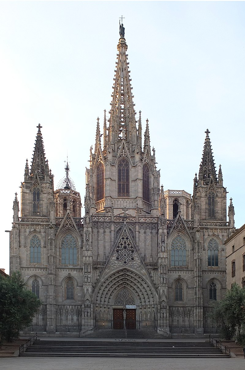 Barcelona Cathedral Santa Eulalia 11.jpg