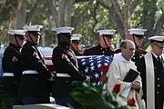 Barrow RobertH GenUSMC Funeral 20081103-M-8689P-003