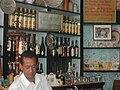 BartenderBodeguitaDelMedio.jpg