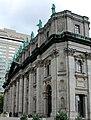 Basilique-Cathédrale Marie-Reine-du-Monde 02.jpg