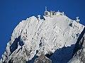 Bergstation.der.Tiroler.Zugspitzbahn.vom.Ehrwalder.Becken.aus.P1045226.jpg