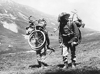 Bicycle infantry - Photo showing Italian Bersaglieri before World War I with folding bicycles strapped to their backs.