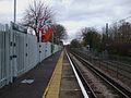 Birkbeck stn mainline look east.JPG