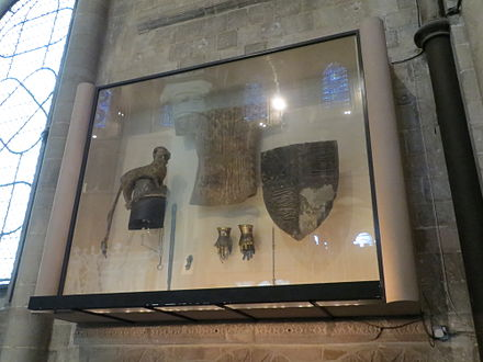 The original heraldic achievements of the Black Prince, on display in Canterbury Cathedral Black Prince Heraldic Achievements.JPG