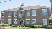 Brantley County Courthouse, Nahunta, GA, USA.jpg