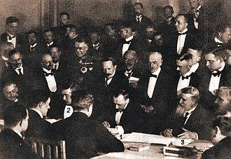 Vasil Radoslavov - Signing of the Treaty of Brest-Litovsk (February 9, 1918) by 1. Count Ottokar Czernin, 2. Richard von Kühlmann and 3. Vasil Radoslavov