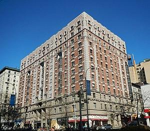 Bretton Hall (Manhattan) - Exterior