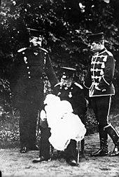 Kaiser Wilhelm I. mit Sohn, Enkel und Urenkel, 1882 (Quelle: Wikimedia)