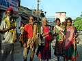 Bus stop jewellery vendors (4785621270).jpg
