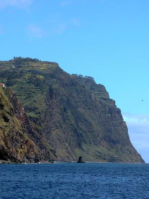 Cabo Girão - The sheer cliff face of Cabo Girão