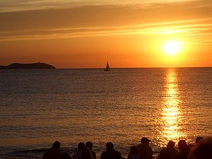 Chill-out music - Renowned sunset at the Café del Mar in Ibiza