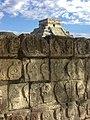 Calaveras de Chichen Itzá.jpg