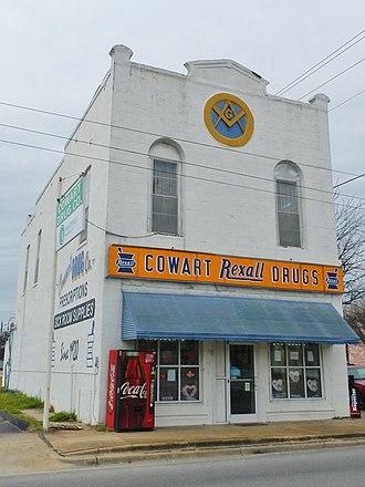 Calera, Alabama - Image: Calera, Alabama Cowart Drug Store