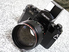 Canon F-1 with Speed Finder (4315013993).jpg
