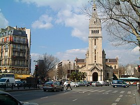 Le carrefour Alésia et l'église Saint-Pierre de Montrouge, centre du quartier du Petit-Montrouge
