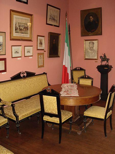 File:Casa Garibaldi Montevideo.jpg