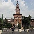 Castello Sforzesco da Piazza Cairoli.jpg