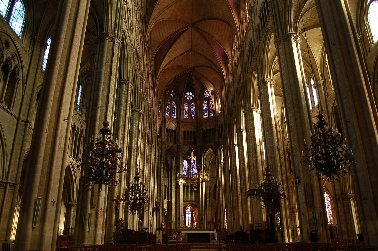 file cathedrale bourges interieur jpg wikipedia
