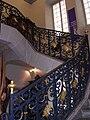 Château de Pierre de Bresse escalier.JPG